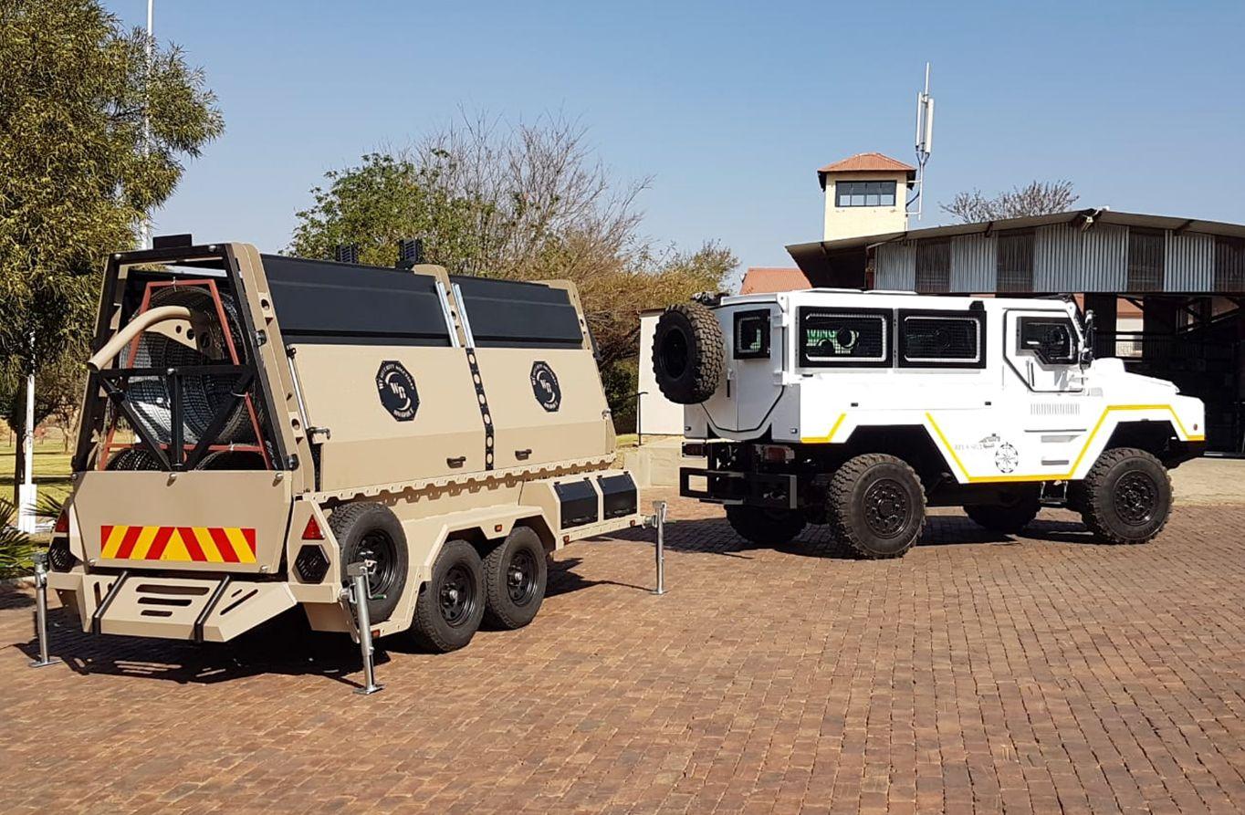 Rapid deployment mobile barrier system